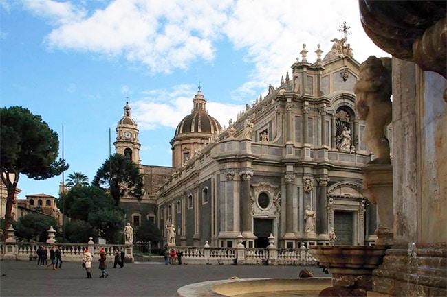 Cosa Visitare a Catania: Vacanze in Sicilia